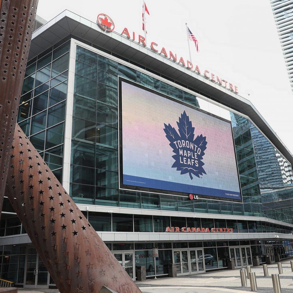 Bruins Radio Color Commentator Drives Broadcast Teams To Toronto