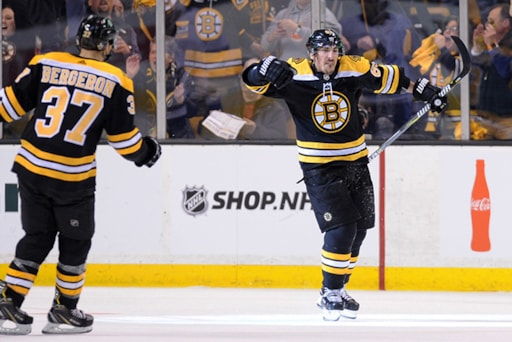 Highlights Bruins Crush Maple Leafs 5 1 In Game 1