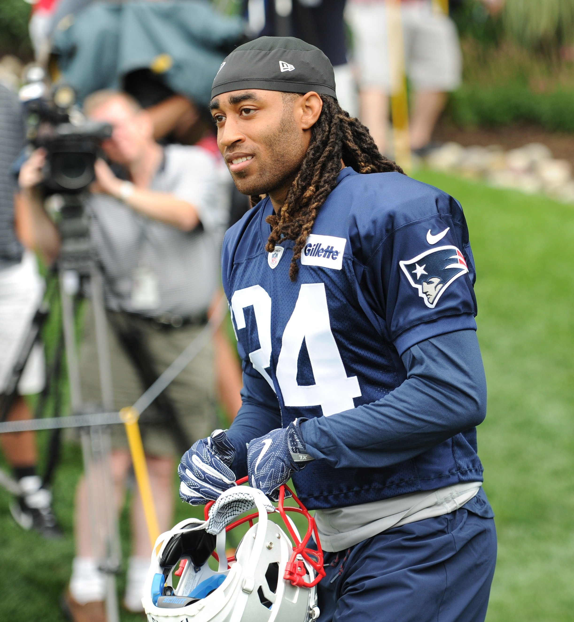 Patriots  Stephon Gilmore named to Pro Football Writers  All-NFL Team 44411eeb4