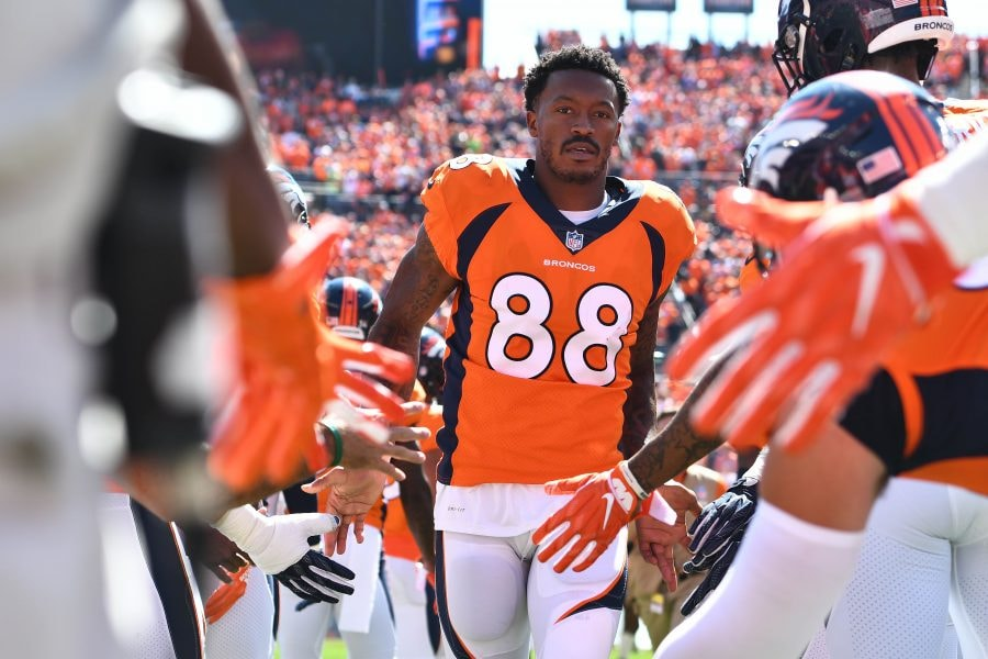 Ex-Broncos WR Demaryius Thomas signs with the Patriots
