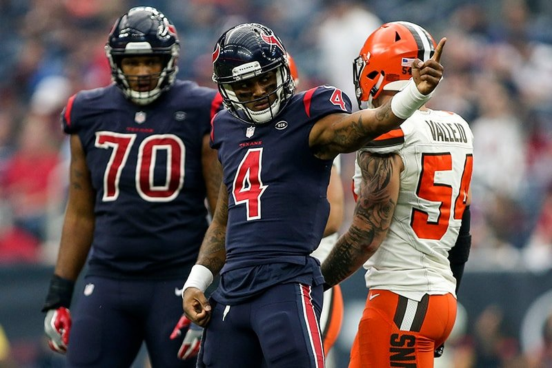 Dec 2, 2018; Houston, TX: Houston Texans quarterback Deshaun Watson signals for a first down during the fourth quarter against the Cleveland Browns at NRG Stadium. (Troy Taormina-USA TODAY Sports)