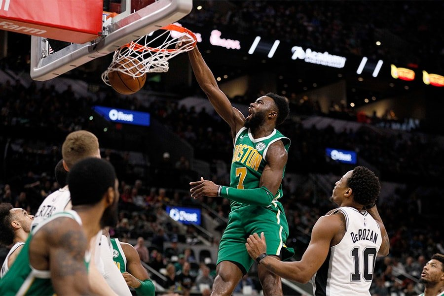 Dec 31, 2018; San Antonio, TX: Boston Celtics shooting guard Jaylen Brown dunks the ball against the San Antonio Spurs during the first half at AT&T Center. (Soobum Im-USA TODAY Sports)