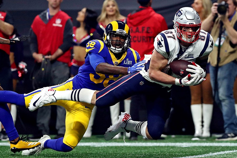 Feb 3, 2019; Atlanta, GA: New England Patriots tight end Rob Gronkowski catches a pass against Los Angeles Rams inside linebacker Cory Littleton in Super Bowl LIII at Mercedes-Benz Stadium. (Matthew Emmons-USA TODAY Sports)