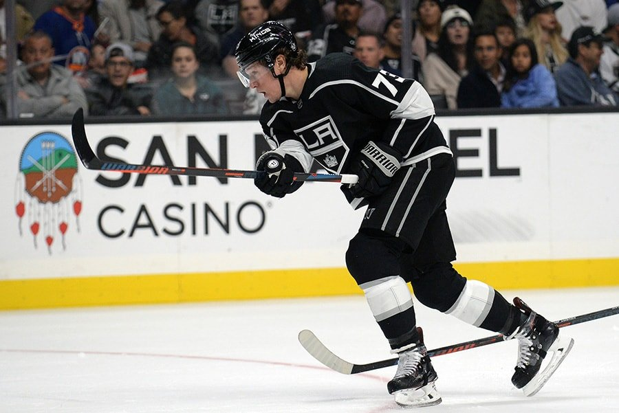 October 18, 2018; Los Angeles, CA: Los Angeles Kings right wing Tyler Toffoli shoots on goal against the New York Islanders during the second period at Staples Center. (Gary A. Vasquez-USA TODAY Sports)