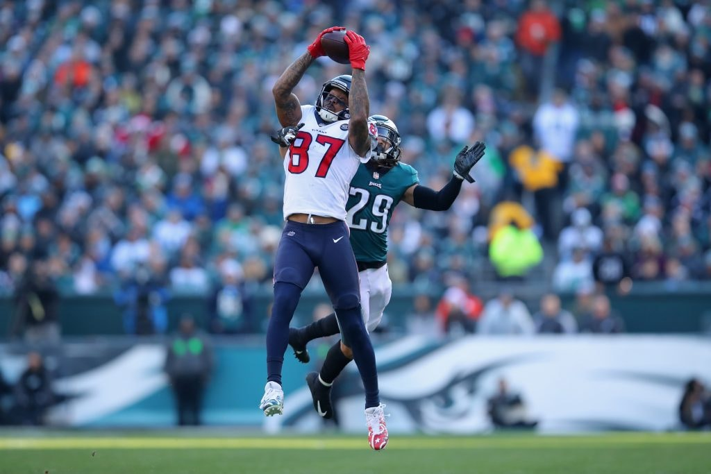 PHILADELPHIA, PA - DECEMBER 23: Wide receiver Demaryius Thomas of the Houston Texans makes a catch against free safety Avonte Maddox of the Philadelphia Eagles during the second quarter at Lincoln Financial Field. (Photo by Brett Carlsen/Getty Images)
