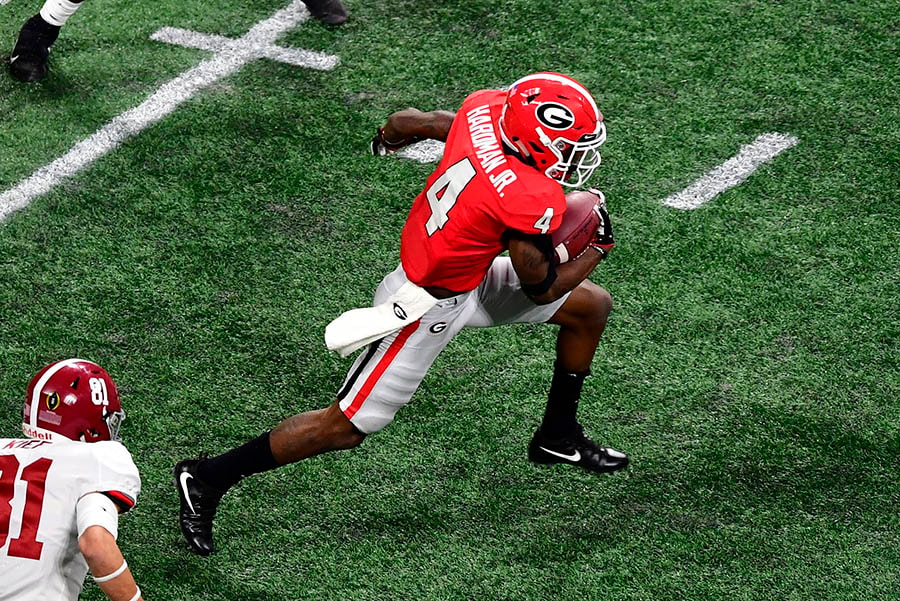 ATLANTA, GA - JANUARY 08: Mecole Hardman of the Georgia Bulldogs carries the ball against the Alabama Crimson Tide in the CFP National Championship. (Photo by Scott Cunningham/Getty Images)