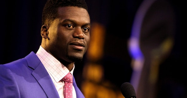 Ben Watson, now a free agent, reportedly wants to keep playing