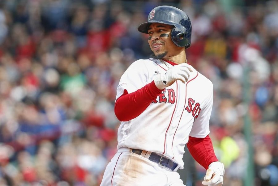Red Sox, Betts agree to record deal