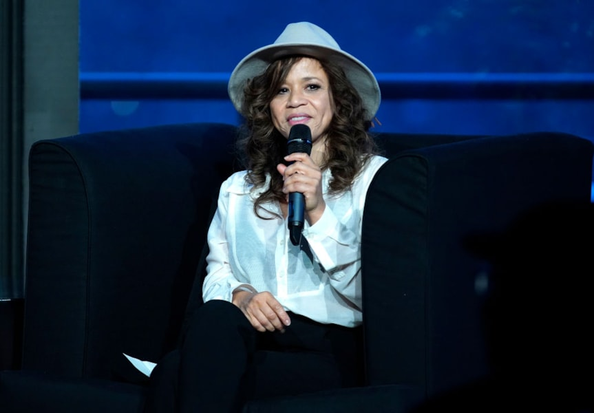Rosie Perez is reportedly one of the most philanthropic celebs when it comes to arts and education. For the last 25 years, she has worked tirelessly with her foundation, Urban Arts Partnership, which provides after school art-based programs to several low-income New York and Los Angeles communities, CBS News reports.