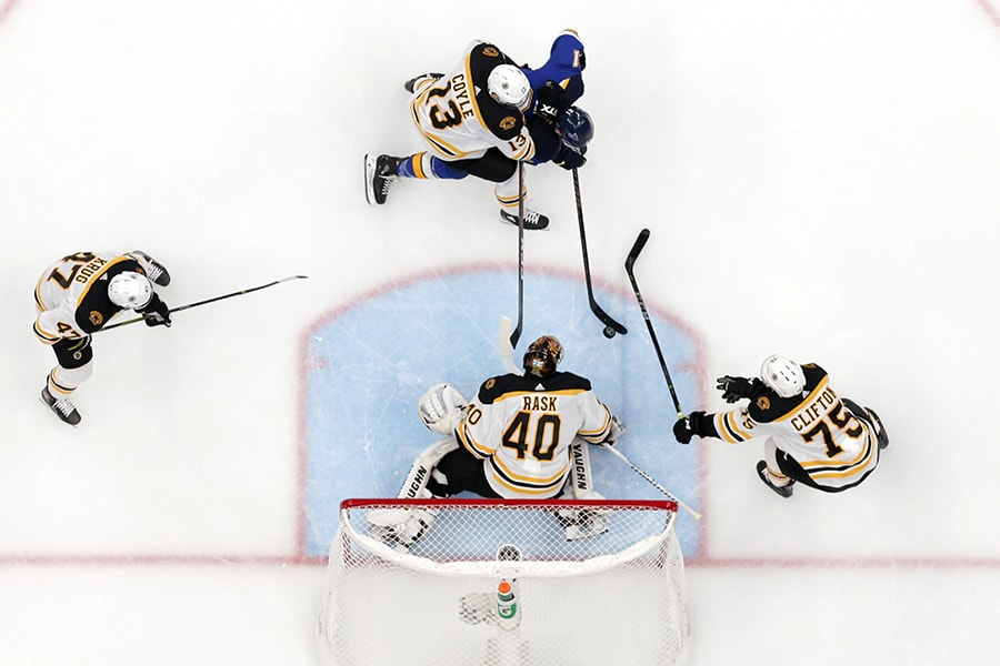 Blues stun Bruins in Game 7 to win first Stanley Cup
