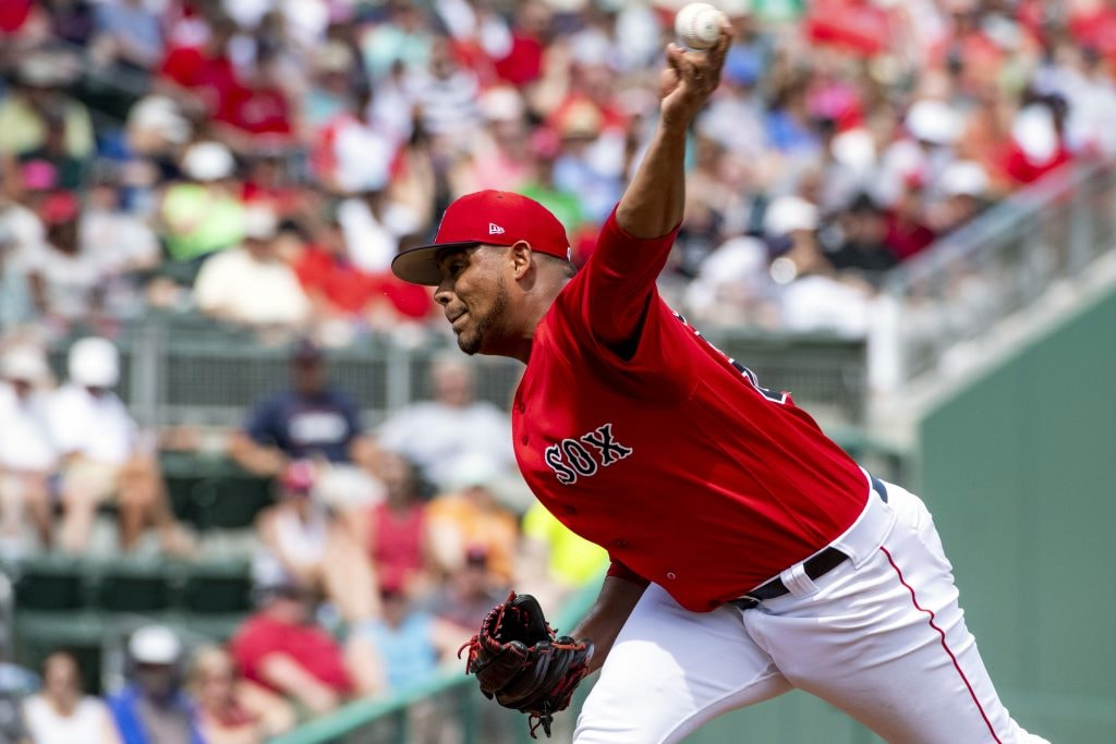 Red Sox promote top pitching prospect Darwinzon Hernandez to Pawtucket