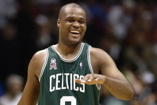huge discount 87da2 f1c1e Celtics confirm that Kemba Walker will wear Antoine Walker's ...