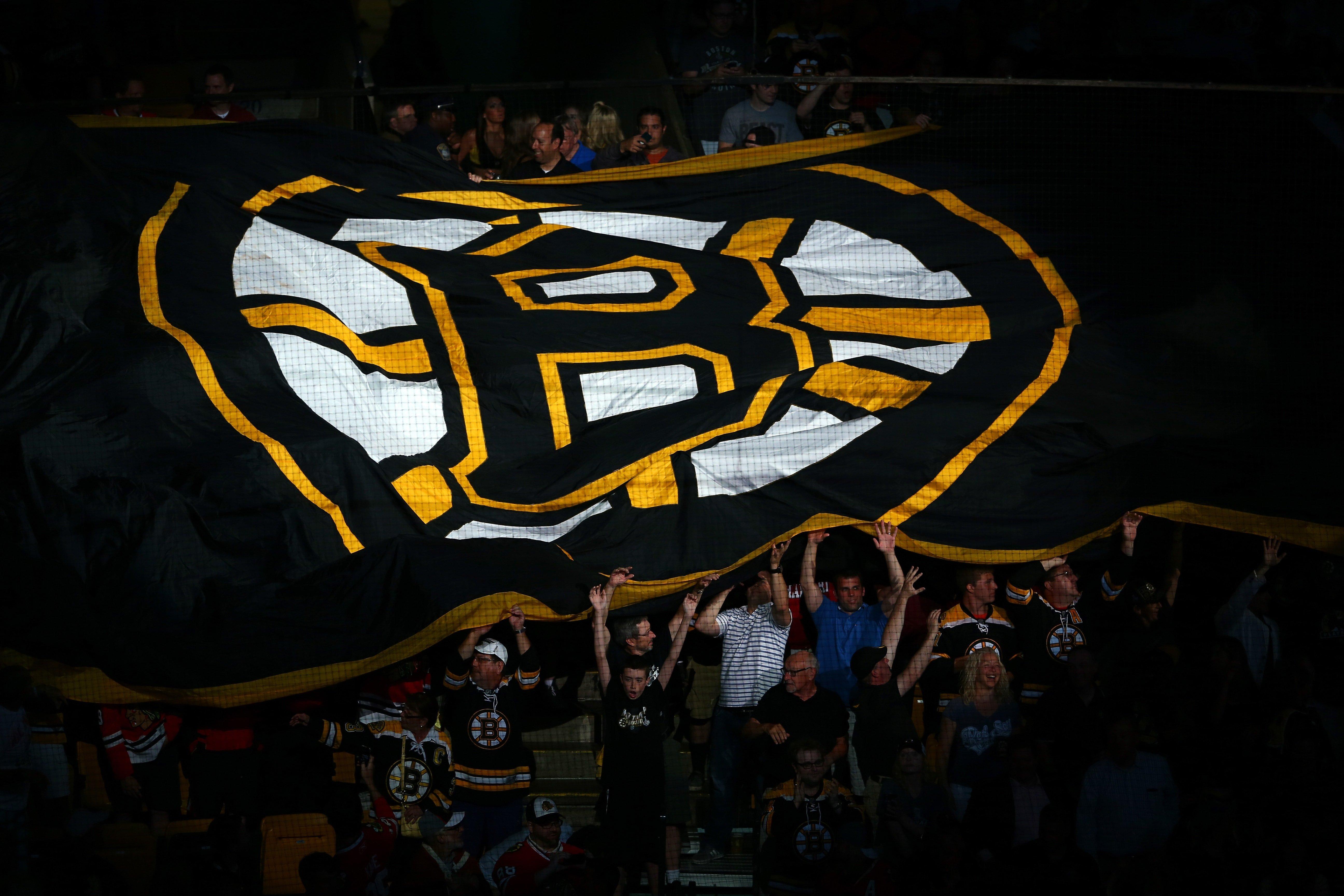 Bruins prospect Jeremy Swayman named finalist for Hobey Baker Award