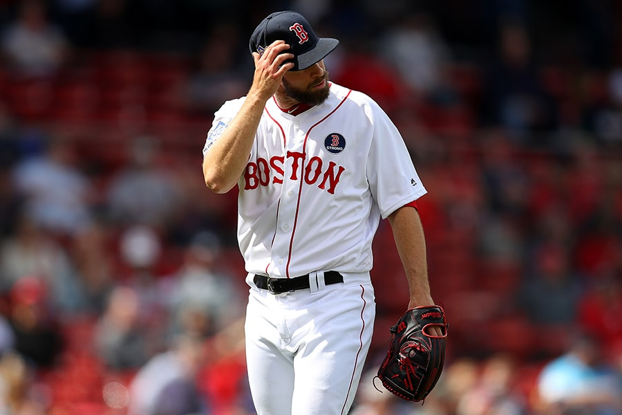 Joe Kelly uncorks insane  wild pitch against Red Sox