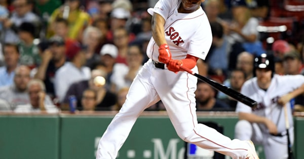 Devers does it again: Red Sox beat Blue Jays 5-4