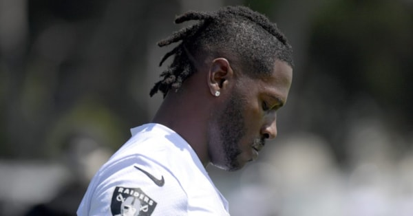 Antonio Brown ordered to get mental health evaluation as part of bail deal