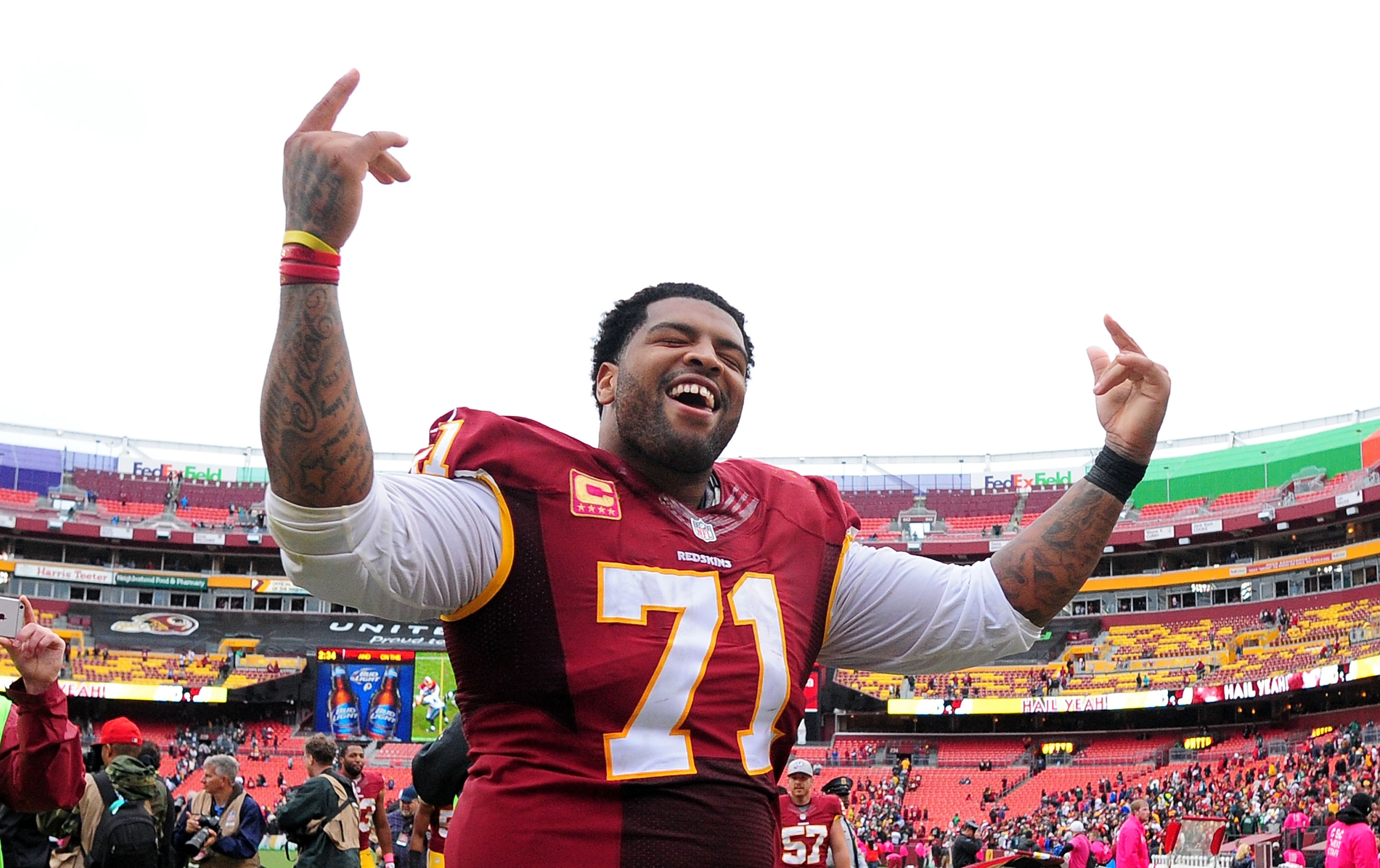 Redskins reportedly open to trading Trent Williams before deadline