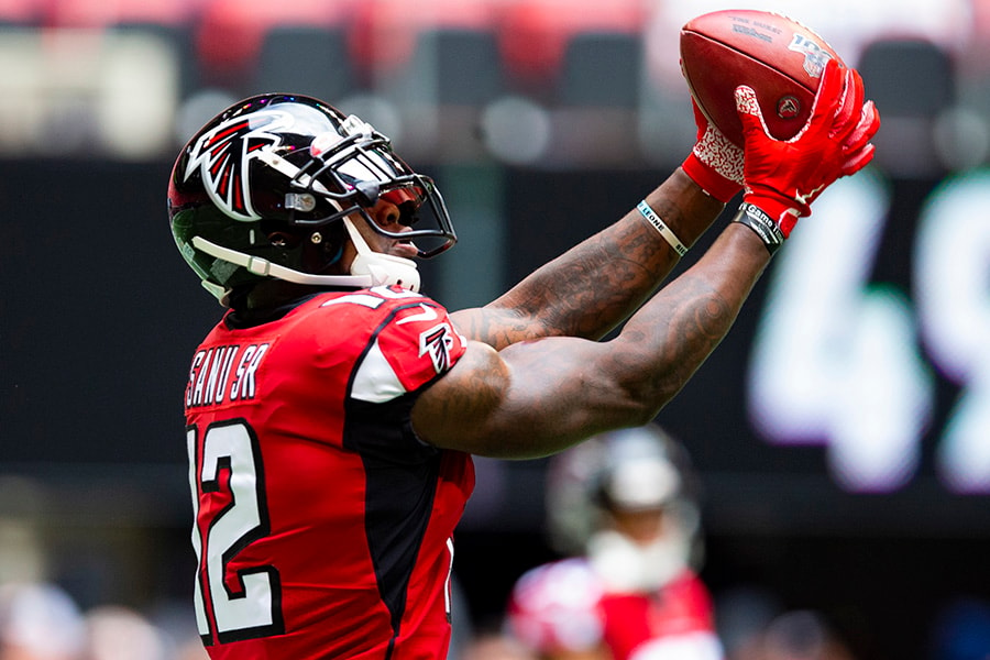 Patriots acquire WR Mohamed Sanu from Falcons