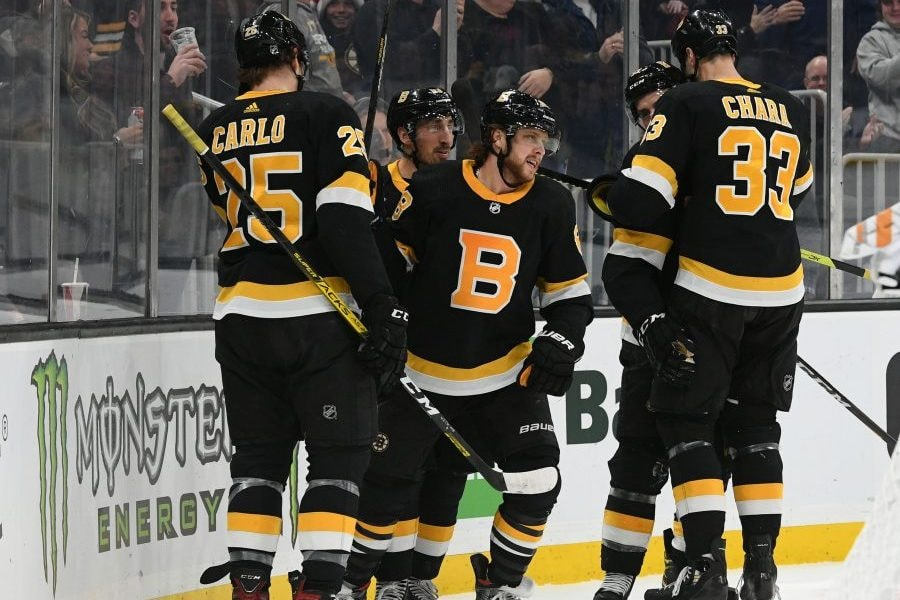 LISTEN: Ty Anderson and Matt Dolloff on what went wrong with the Patriots and the Bruins at the midway point