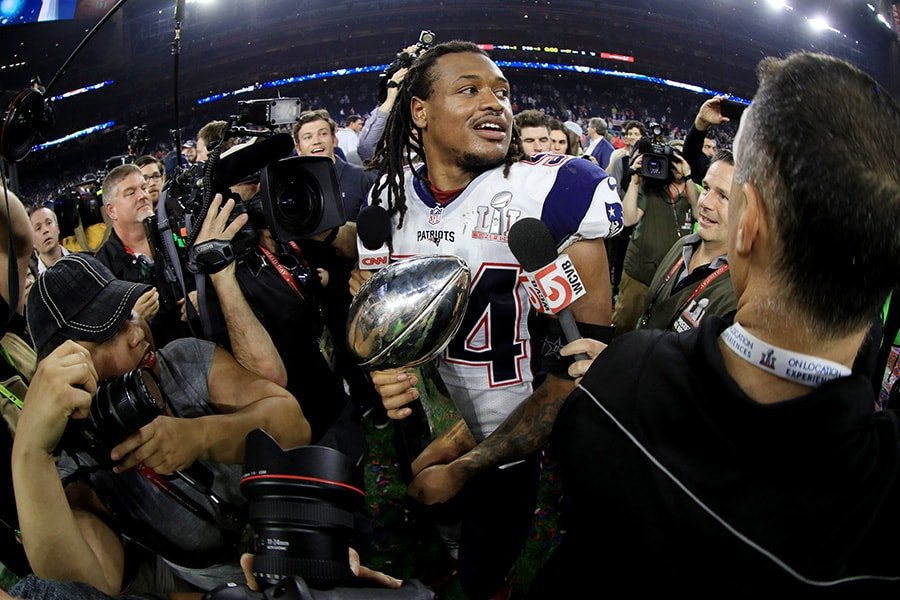 Dont'a Hightower has decided to opt out of the 2020 season for the Patriots. (Photo by Mike Ehrmann/Getty Images)