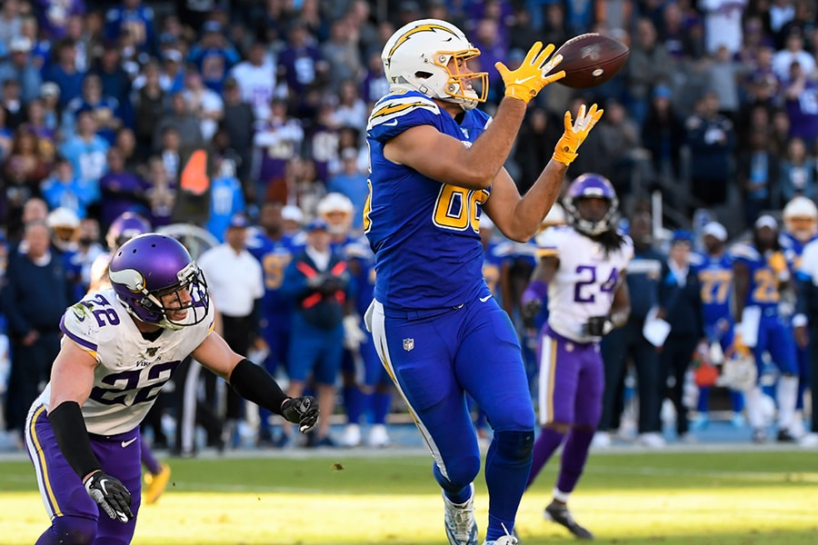 Could the Patriots target Hunter Henry in free agency? (Robert Hanashiro-USA TODAY Sports)
