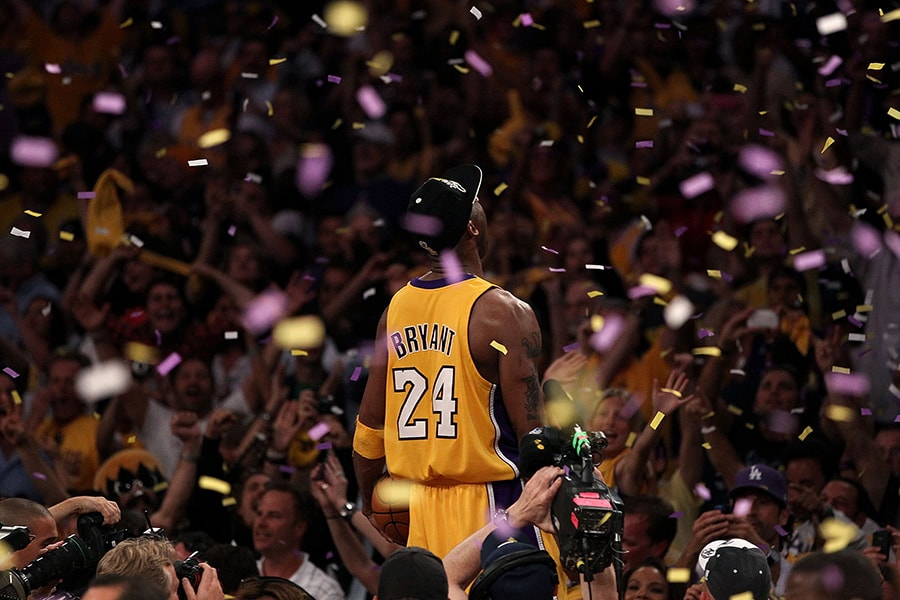 LOS ANGELES, CA - JUNE 17: Kobe Bryant #24 of the Los Angeles Lakers celebrates after the Lakers defeated the Boston Celtics in Game Seven of the 2010 NBA Finals at Staples Center on June 17, 2010 in Los Angeles, California. NOTE TO USER: User expressly acknowledges and agrees that, by downloading and/or using this Photograph, user is consenting to the terms and conditions of the Getty Images License Agreement. (Photo by Christian Petersen/Getty Images)