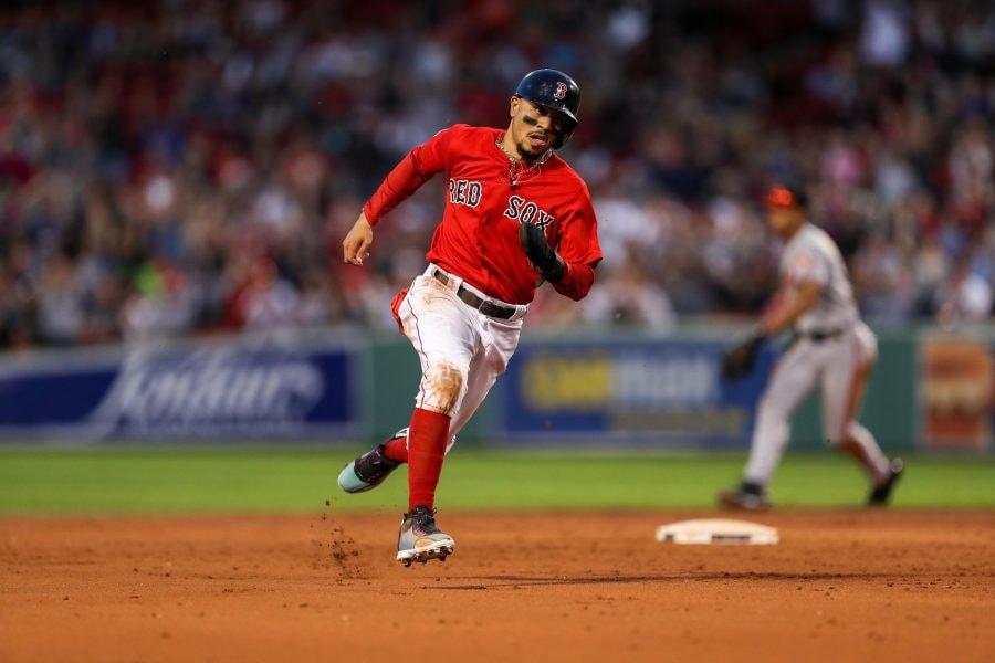 Red Sox legend David Ortiz responds to Mookie Betts trade rumors
