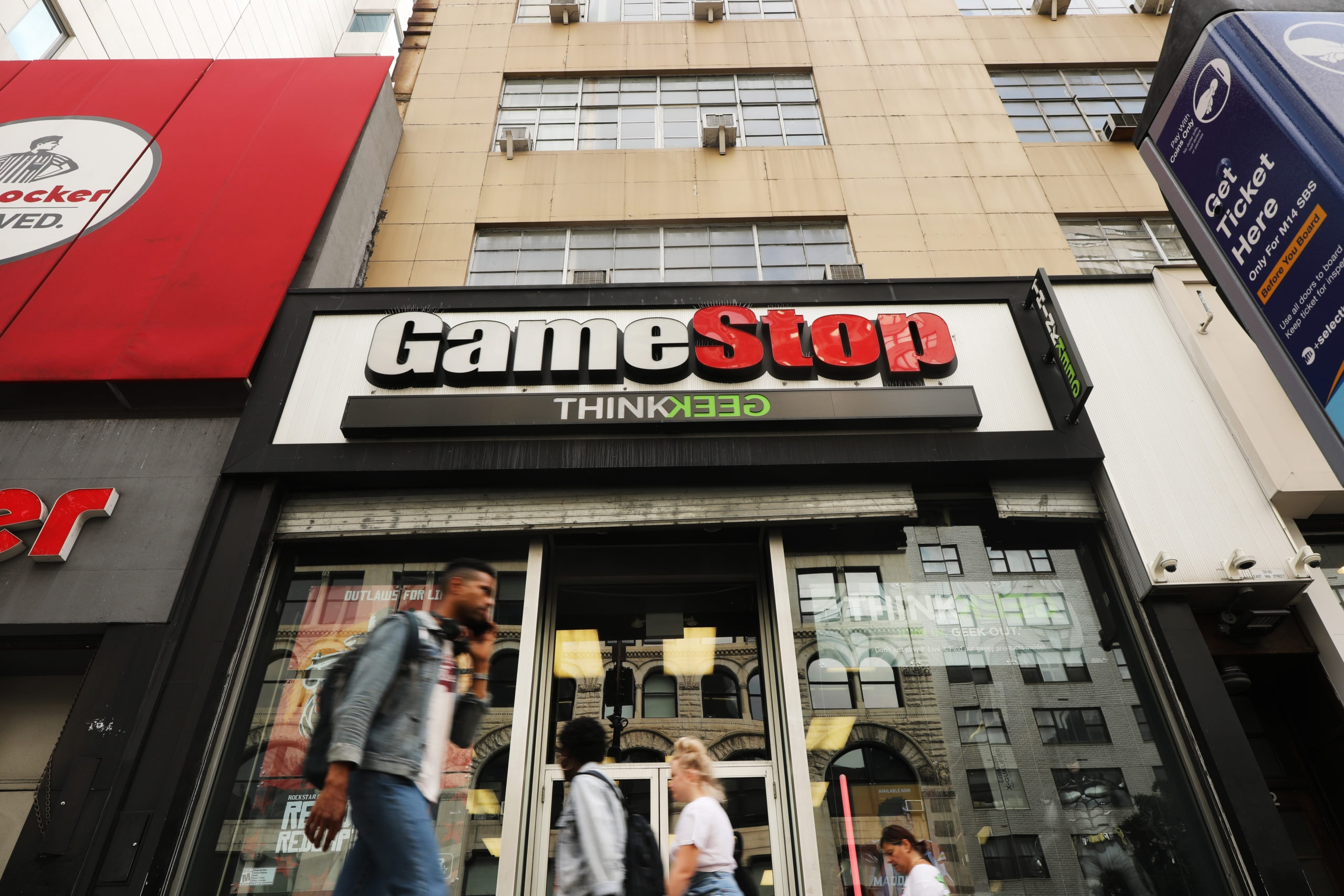 Gamestop To Close 300 Stores, Permanantly