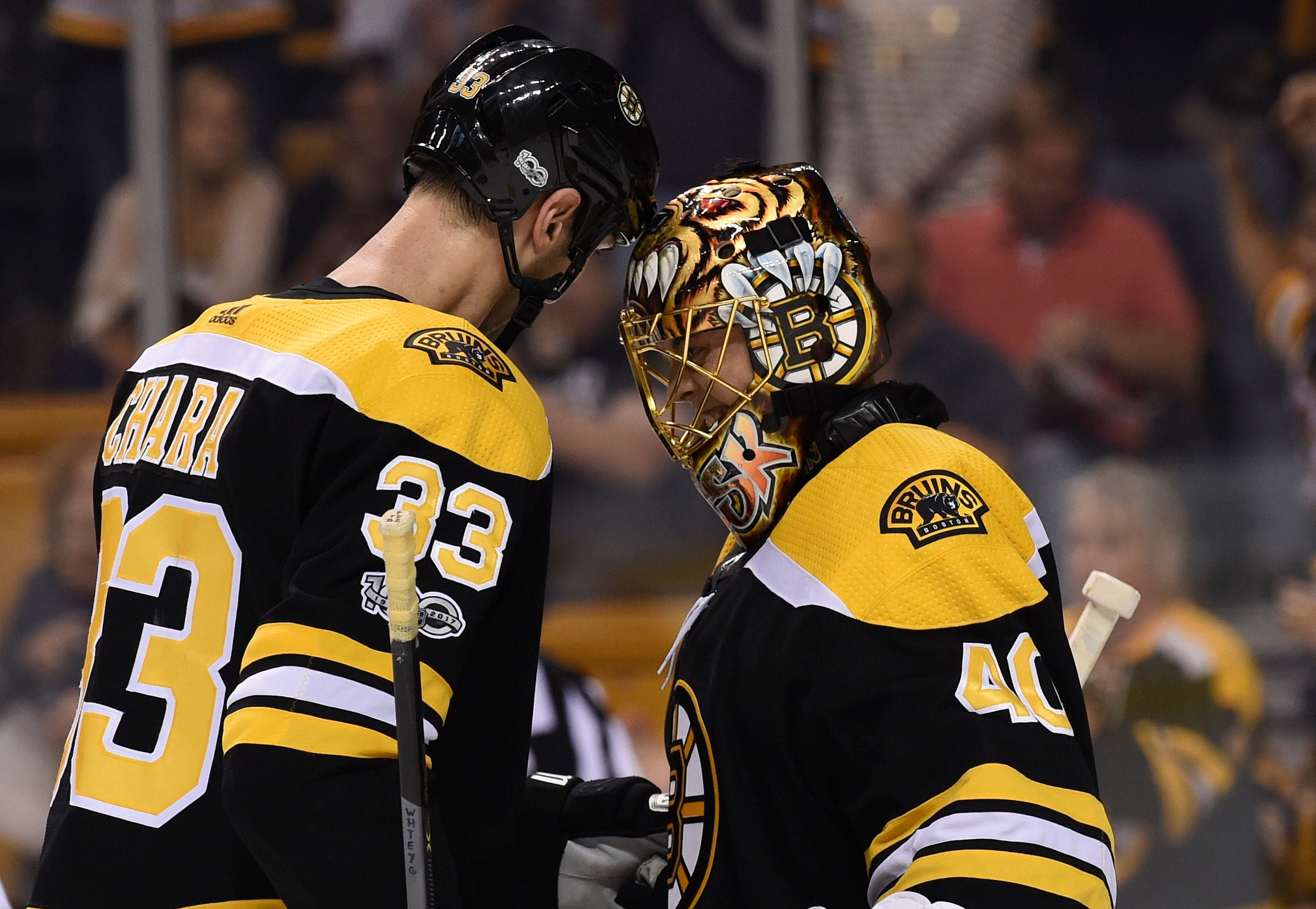 Zdeno Chara says that Tuukka Rask has really smelly farts