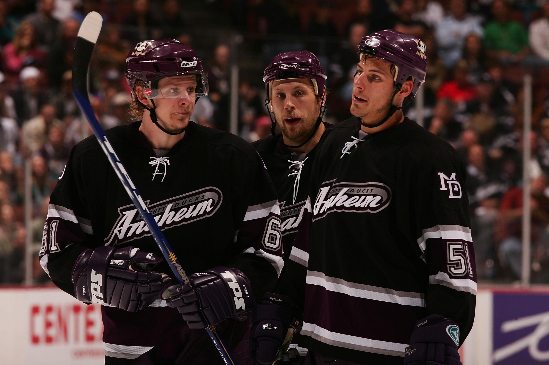 Ex-Ducks GM Brian Burke recalls Anaheim's 'desperate' pursuit of Joe Thornton