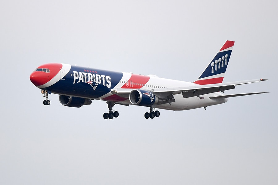 Patriots team plane delivering 1.2 million surgical masks from China