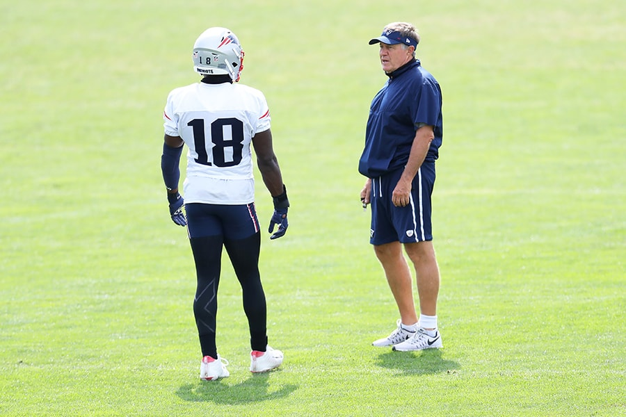 FOXBOROUGH, MASSACHUSETTS - AUGUST 26: Head coach Bill Belichick of the New England Patriots talks with Matthew Slater #18 during Patriots Training camp at Gillette Stadium on August 26, 2020 in Foxborough, Massachusetts. (Photo by Maddie Meyer/Getty Images)