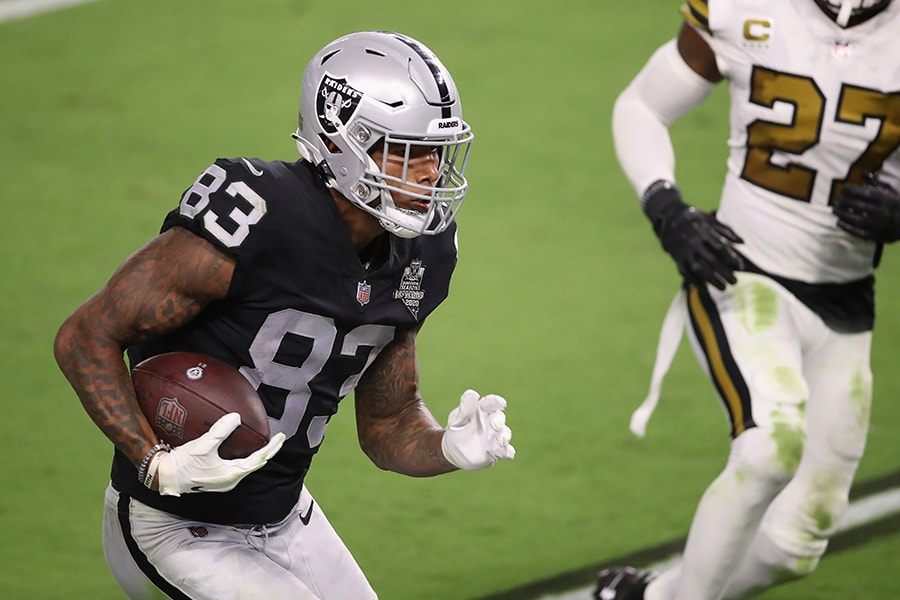 Raiders tight end Darren Waller is a tough matchup for any defense, and will be key to their success against the Patriots on Sunday. (Photo by Christian Petersen/Getty Images)