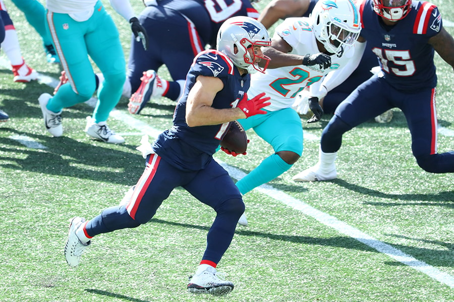 FOXBOROUGH, MASSACHUSETTS - SEPTEMBER 13: Julian Edelman #11 of the New England Patriots runs with the ball during the second half against the Miami Dolphins at Gillette Stadium on September 13, 2020 in Foxborough, Massachusetts. (Photo by Maddie Meyer/Getty Images)