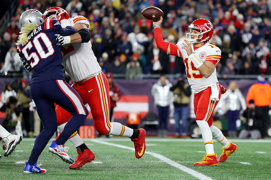 FOXBOROUGH, MASSACHUSETTS - DECEMBER 08: Patrick Mahomes #15 of the Kansas City Chiefs makes a pass against the New England Patriots at Gillette Stadium on December 08, 2019 in Foxborough, Massachusetts. (Photo by Maddie Meyer/Getty Images)