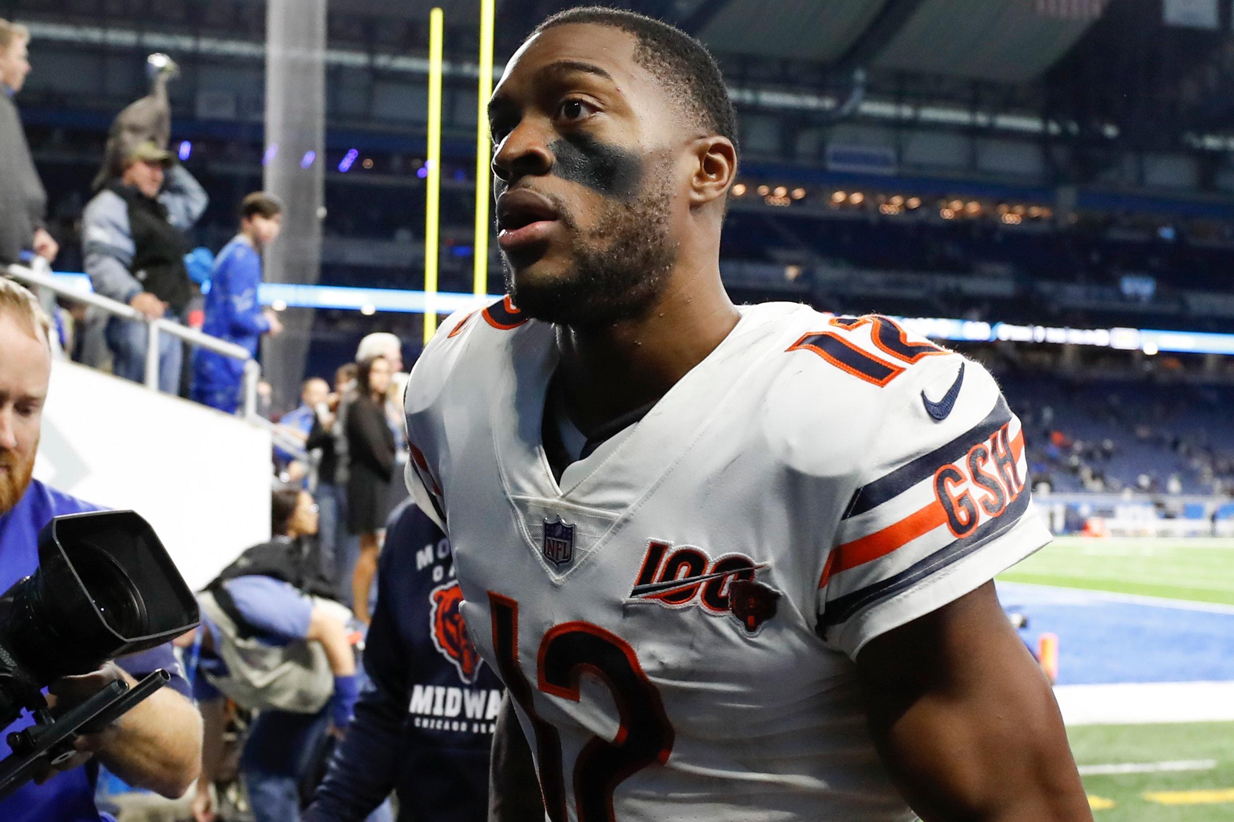 Bears' Robinson not expecting trade despite contract squabble